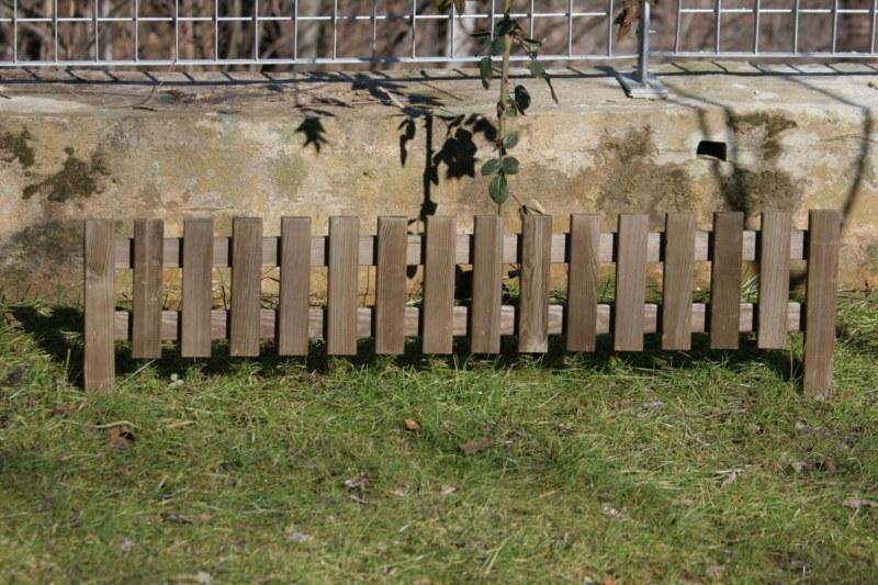 Bordure per aiuole tutte le offerte cascare a fagiolo for Bordura giardino